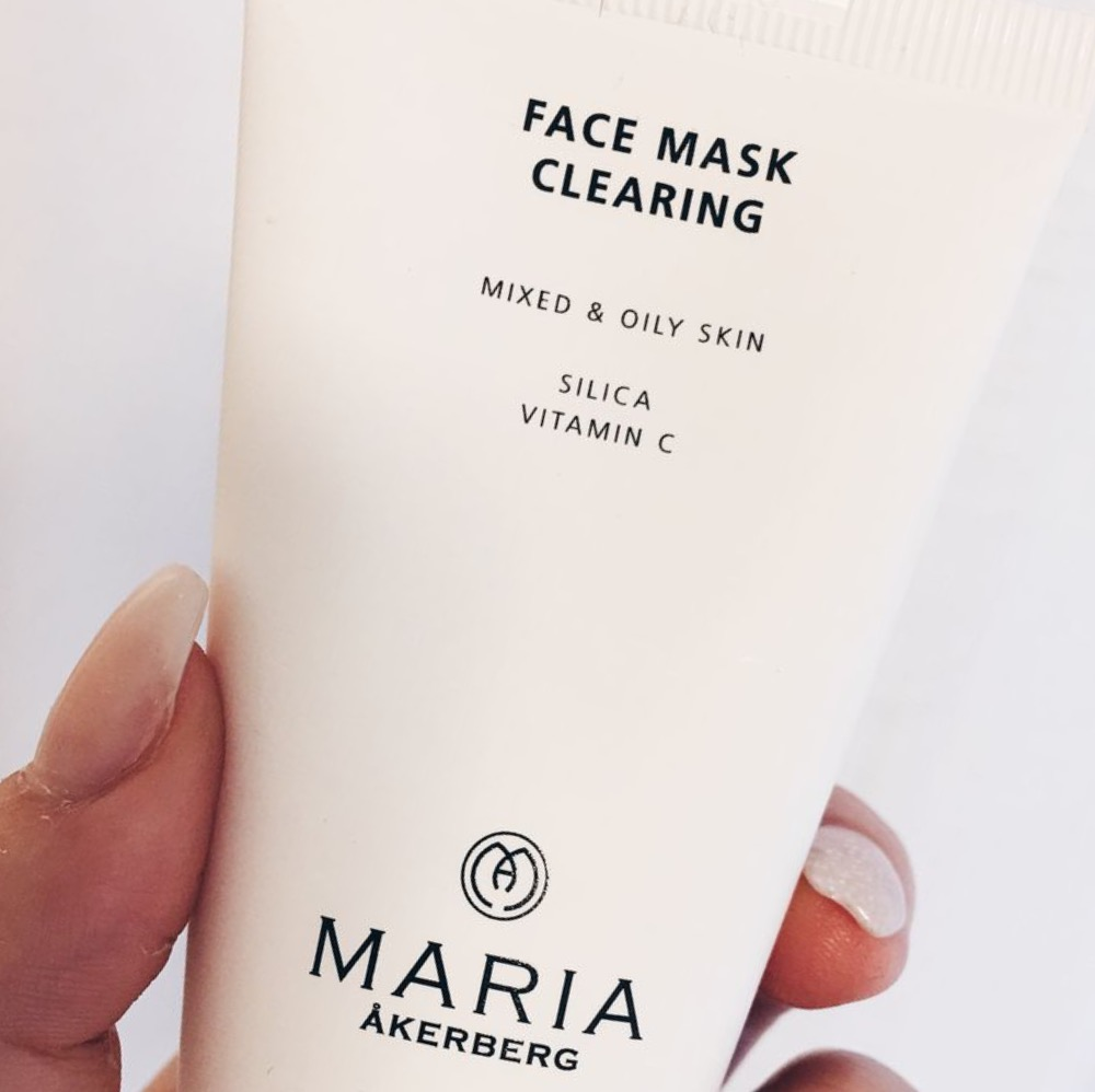 Face Mask Clearing - Maria Åkerberg