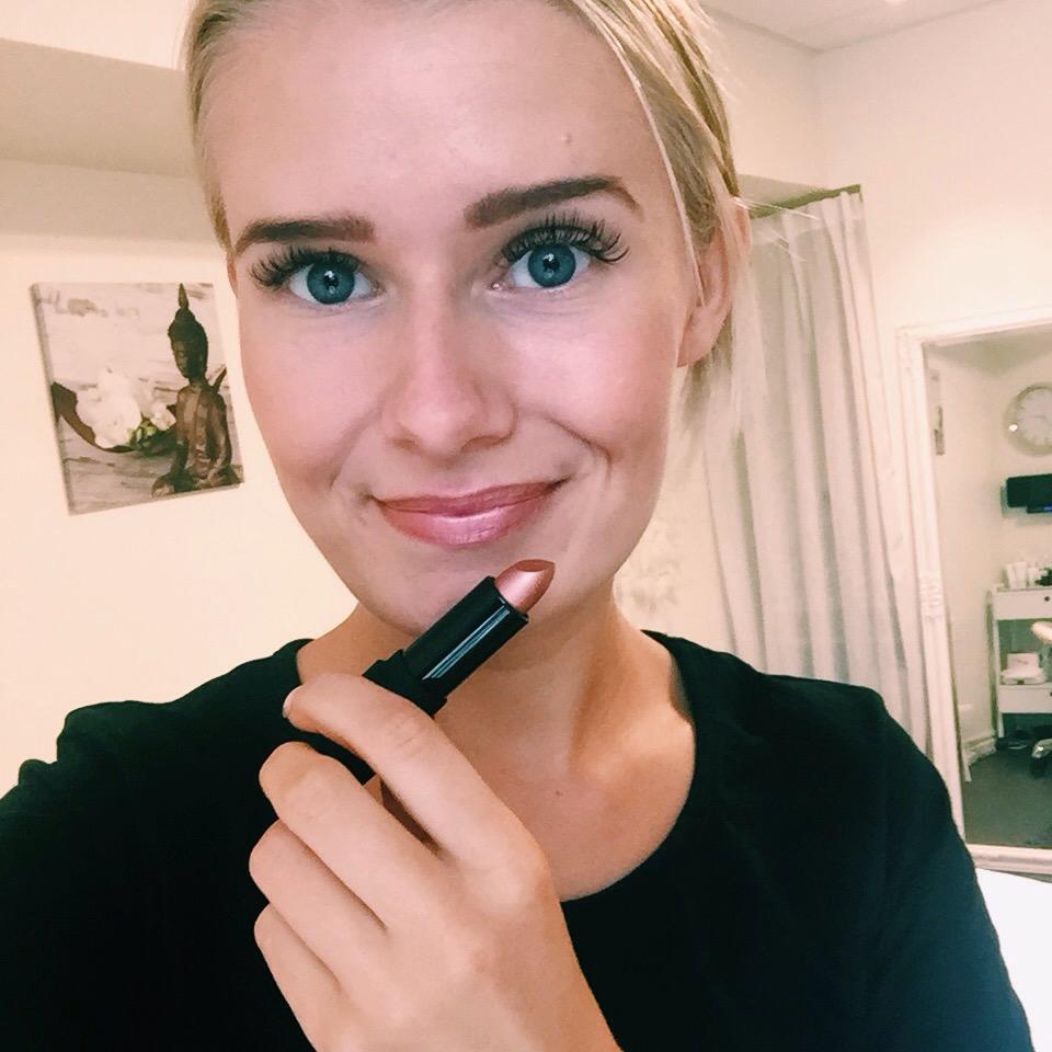 Vegan Lip Stick Sheer Peach - INIKA Organic