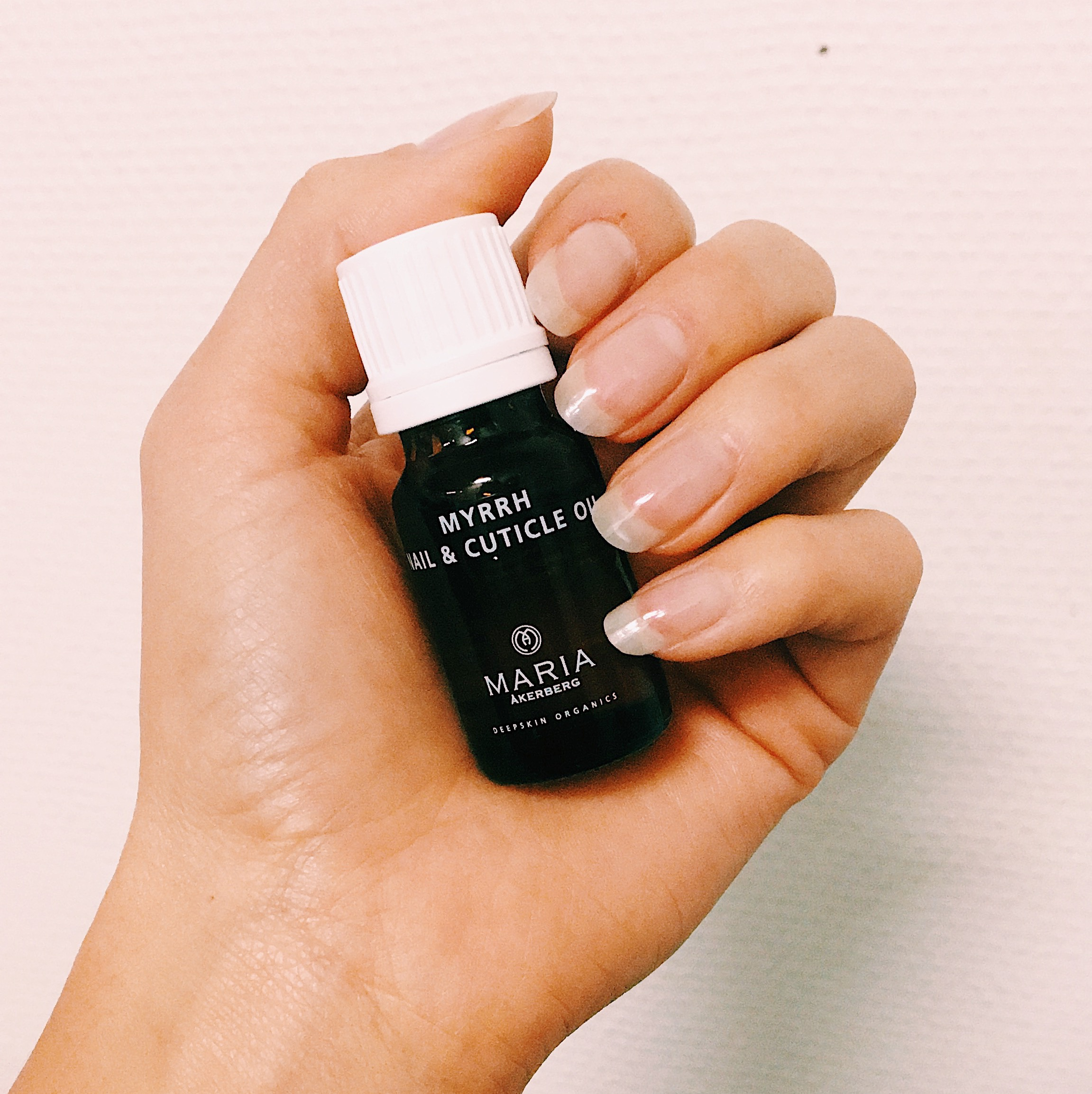 myrrh nail and cuticle oil - nagelolja - maria åkerberg - naglar